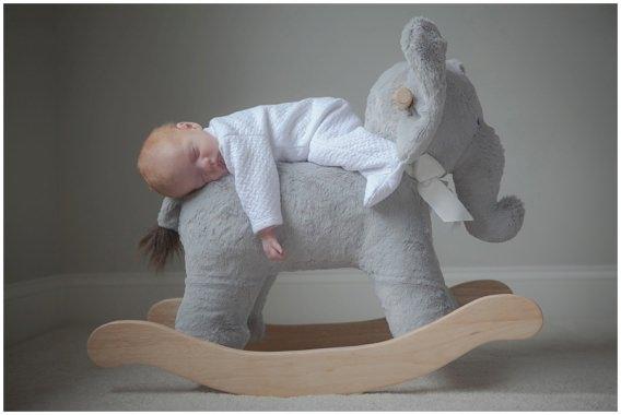 ct-lifestyle-newborn-home-photos-grayson_0015